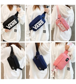 MY READY STOCK F) VANS off the Wall Classic Sling bag chest bag crossbody bag